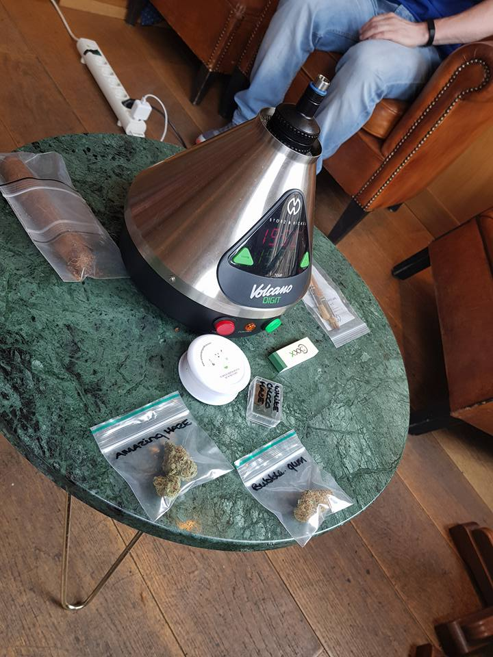 Storz & Bickle Volcano Vaporiser at Smoke Sessions by Amsterdam Genetics